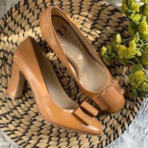 Kelsi Dagger patent bow heels a 7.5